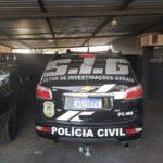 Polícia prende homem por tráfico de drogas e mulher por furto de energia