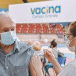 Pessoas com 68 anos ou mais podem tomar dose reforço em Campo Grande